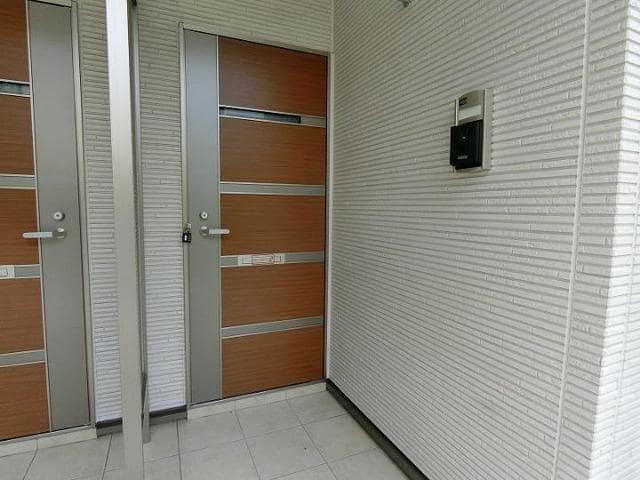 サンリット青柳D 01030号室の駐車場
