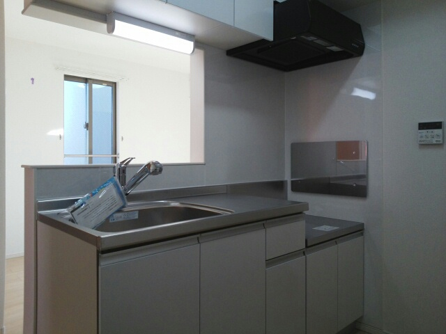アンジュール 02010号室のキッチン