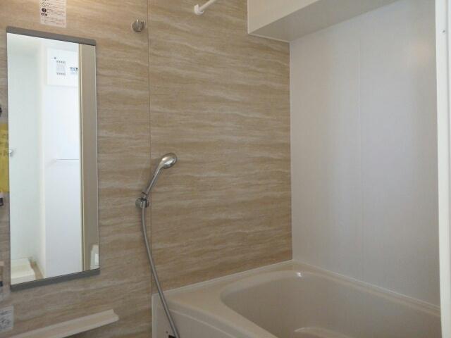 アンジュール 02010号室の風呂