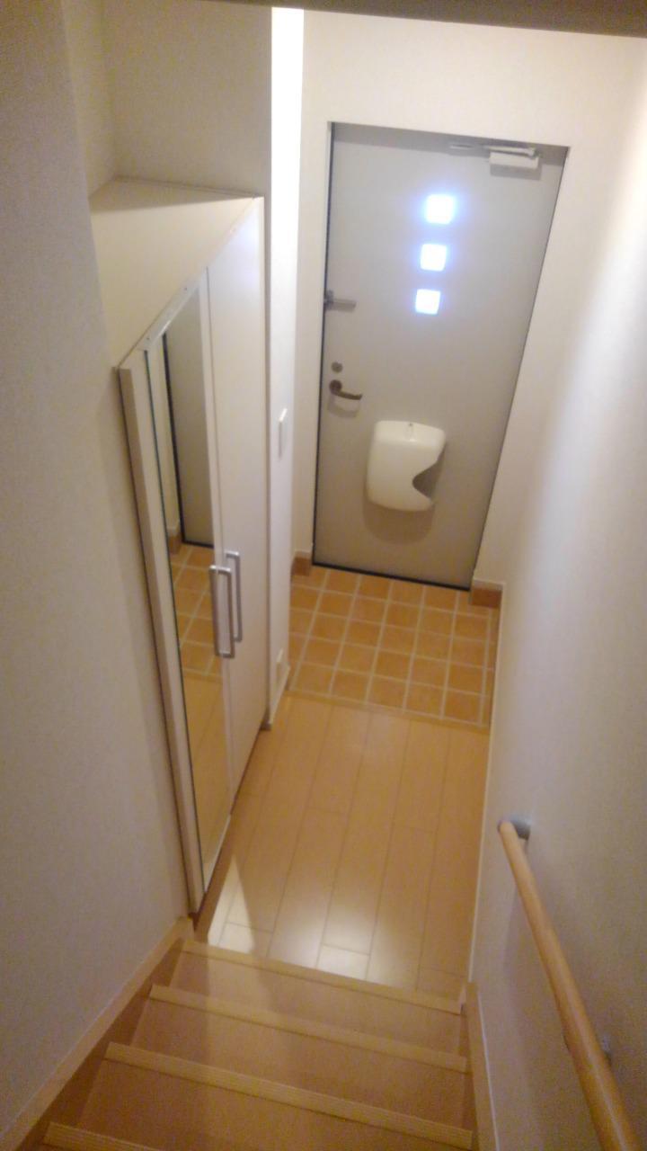 エルグランド 02040号室の玄関