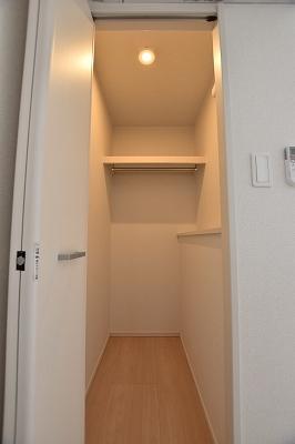 グラン レジデンス 02010号室の収納
