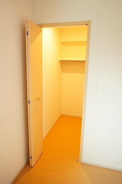 クラール鬼無 A 02020号室の収納