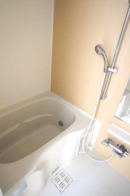 セピア 01010号室の風呂