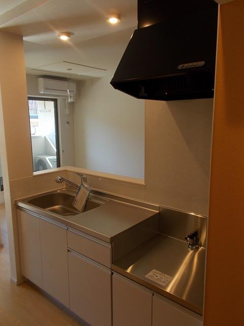 Balmy court 02020号室のキッチン