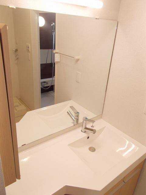 Balmy court 02020号室の洗面所