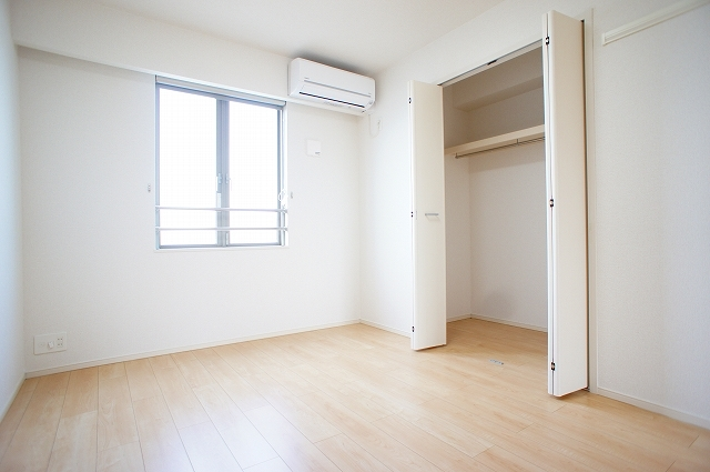 イ・グレック・メゾンⅢ 03050号室の収納