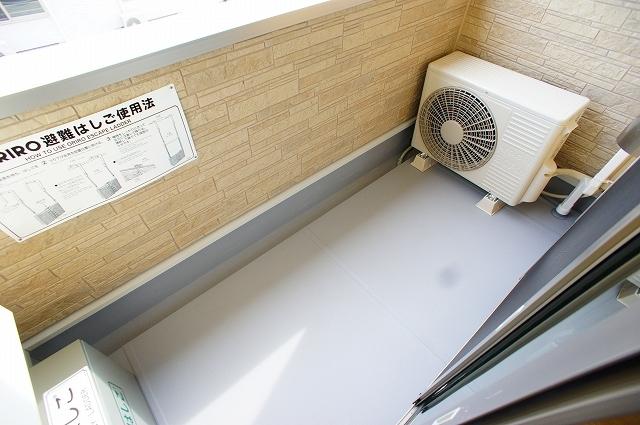 イ・グレック・メゾンⅢ 03050号室のバルコニー