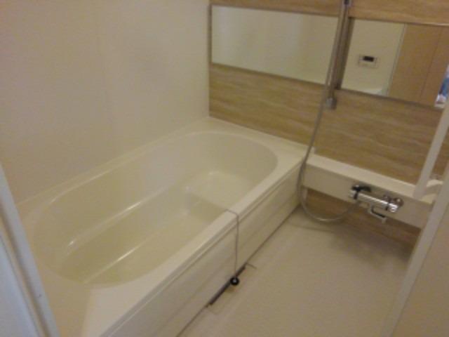 インプレス 02030号室の風呂