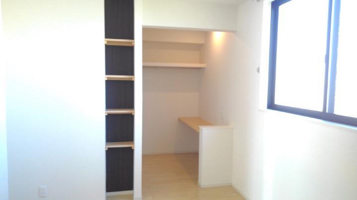 カルム スクエアⅡ 02050号室の収納