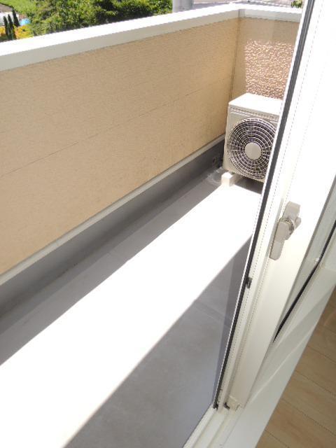 ルミエールⅡ 02010号室のバルコニー