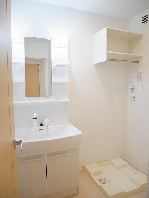 めぞん,いちりやま 02010号室の洗面所