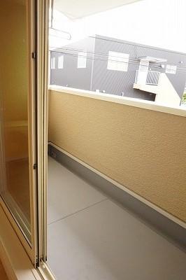 エム・シャルム鶴市Ⅱ 02040号室のバルコニー