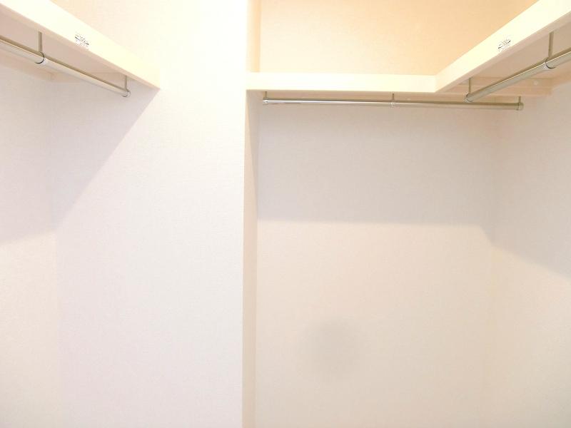 ダンデライオン 01010号室の収納