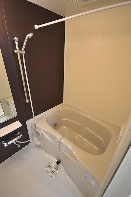 ヴィオラⅠ 02050号室の風呂