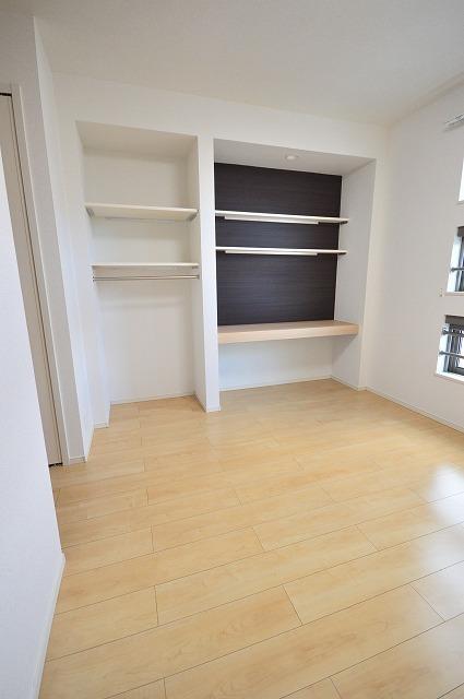 ヴィオラⅠ 02050号室の玄関