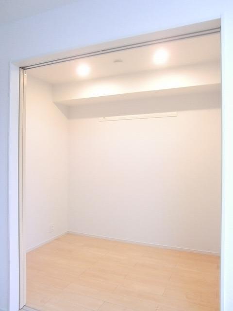 N.グラシオッソ トレス 01020号室のその他部屋