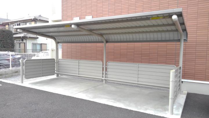 エスポアール 01030号室の駐車場