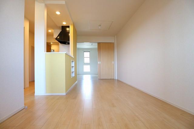 レクタ加須 02020号室のリビング