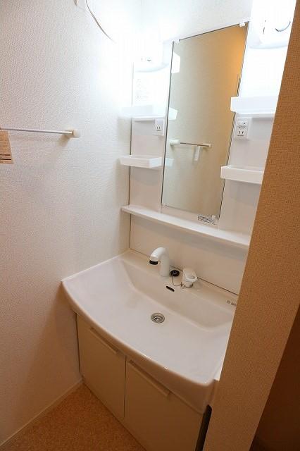 レクタ加須 02020号室の洗面所