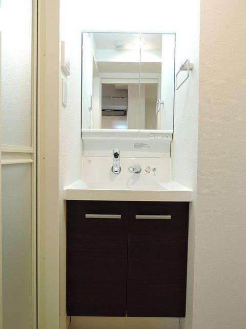 セレノ・コリーナ・ダイマチ 02020号室の洗面所