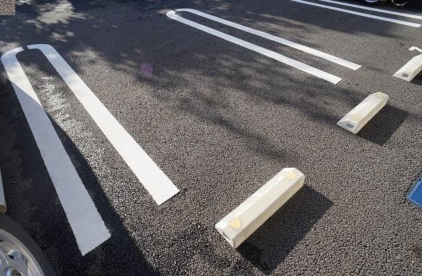 グランデ リーリオ 02010号室の駐車場
