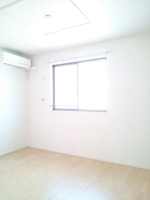 アンソレイエⅢ 02010号室のベッドルーム