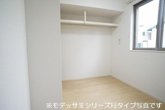 リベルテ ビラージュ 01020号室の収納