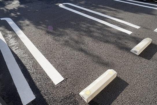 リベルテ ビラージュ 02040号室の駐車場