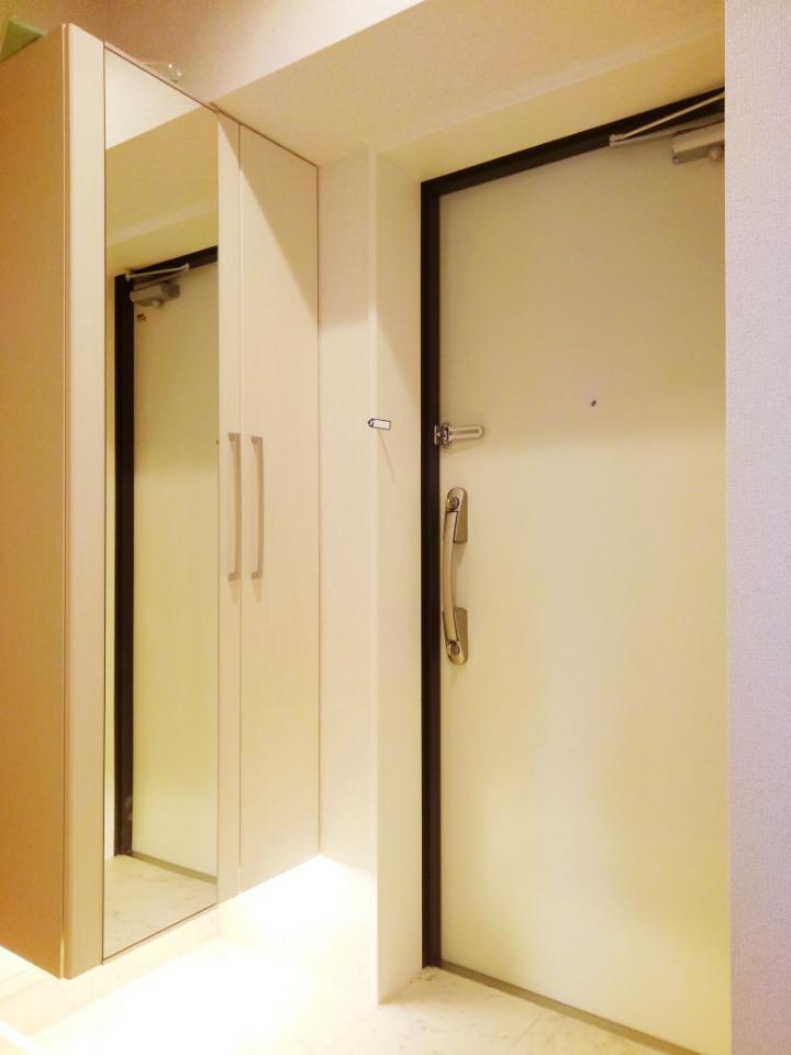 リアングォーム 03020号室の玄関