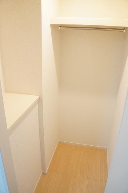 フィオーレ静 01030号室の収納