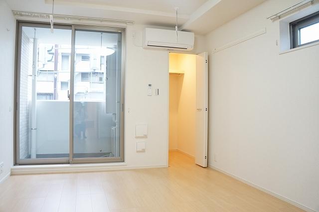 フィオーレ静 02040号室の居室