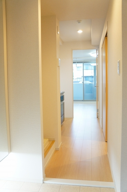 フィオーレ静 03020号室の玄関