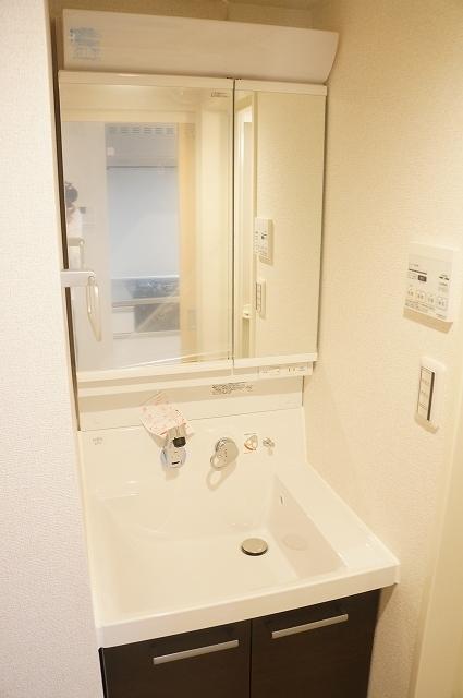 フィオーレ静 03030号室の洗面所