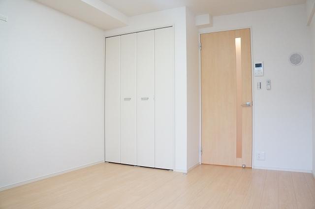 フィオーレ静 04020号室の居室