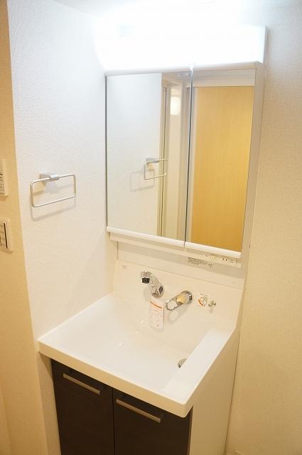 フィオーレ静 04040号室の洗面所
