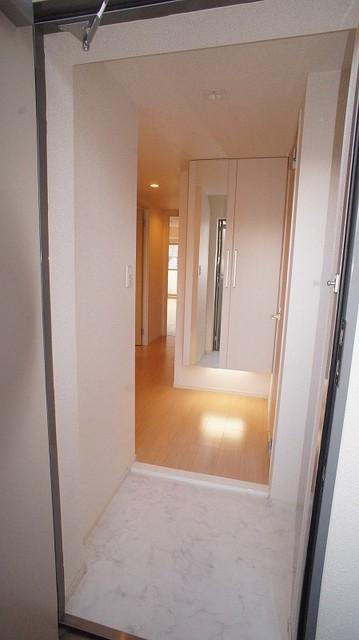 あかやま参番館 02080号室の玄関