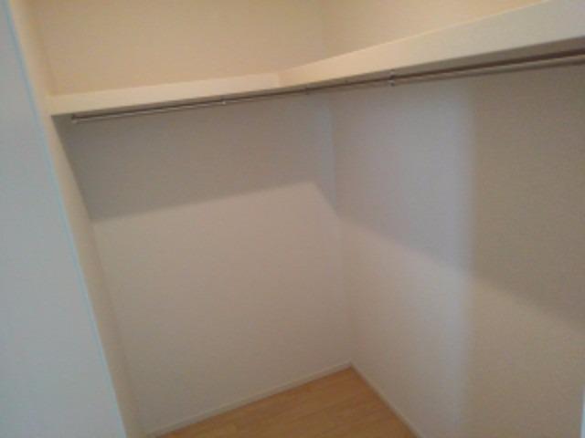 アンジェーヌ・ノア 02010号室の収納