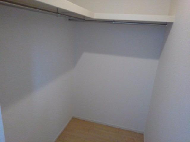 アンジェーヌ・ノア 02040号室の収納