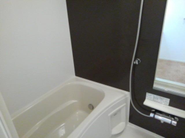 ラフレシール花見Ⅰ 01030号室の風呂