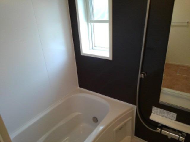 ラフレシール花見Ⅰ 02030号室の風呂