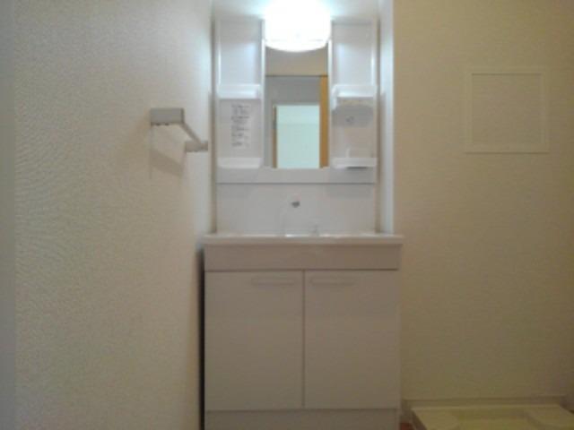 ラフレシール花見Ⅰ 02030号室の洗面所