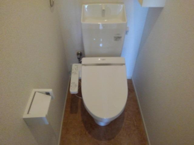 ラフレシール花見Ⅰ 02030号室のトイレ