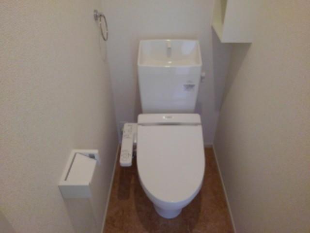 ラフレシール花見Ⅱ 01030号室のトイレ