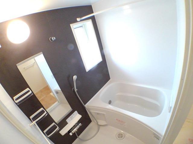ラフレシール花見Ⅱ 02010号室の風呂