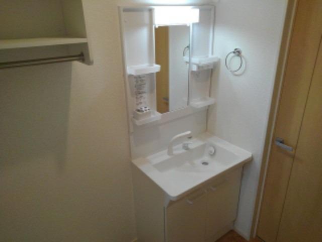 ラ・フォンテ 02030号室の洗面所