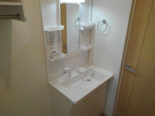 ラ・フォンテ 02040号室の洗面所