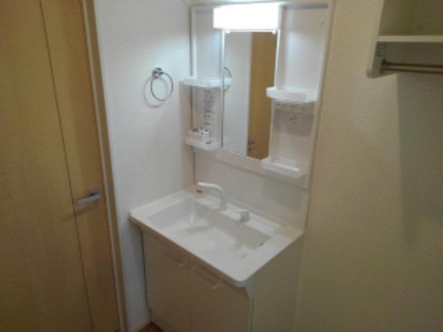 ラ・フォンテ 02050号室の洗面所