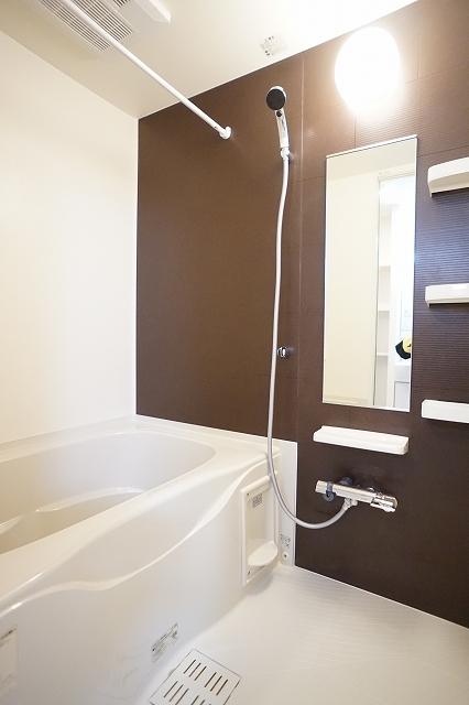 下宗岡2丁目アパート 01020号室の風呂