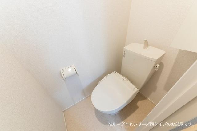 メルティングポット 琴寄Ⅰ 01010号室のトイレ