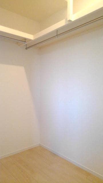 メルティングポット 琴寄Ⅰ 01020号室の収納